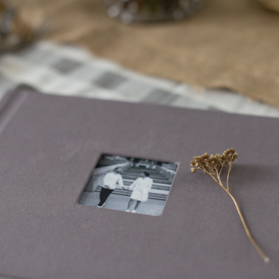 Фотокнига в текстилі з простою фотовставкою